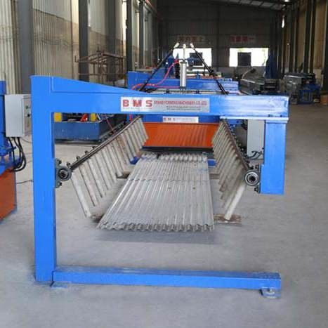 European Style Corrugated Roof Roll Forming Machine / Roof Sheet Making Machine